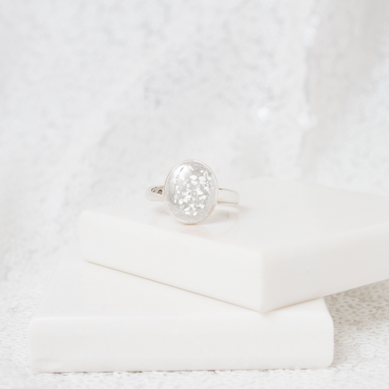 Oval Solitare Ring - Silver