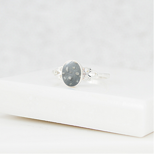 NEW Petite Oval Ring - Silver